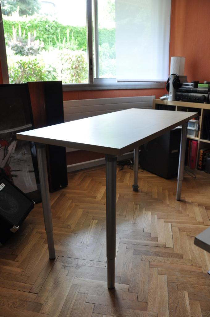 faire un bureau avec un meuble tv blogoflip philippe maladjian. Black Bedroom Furniture Sets. Home Design Ideas
