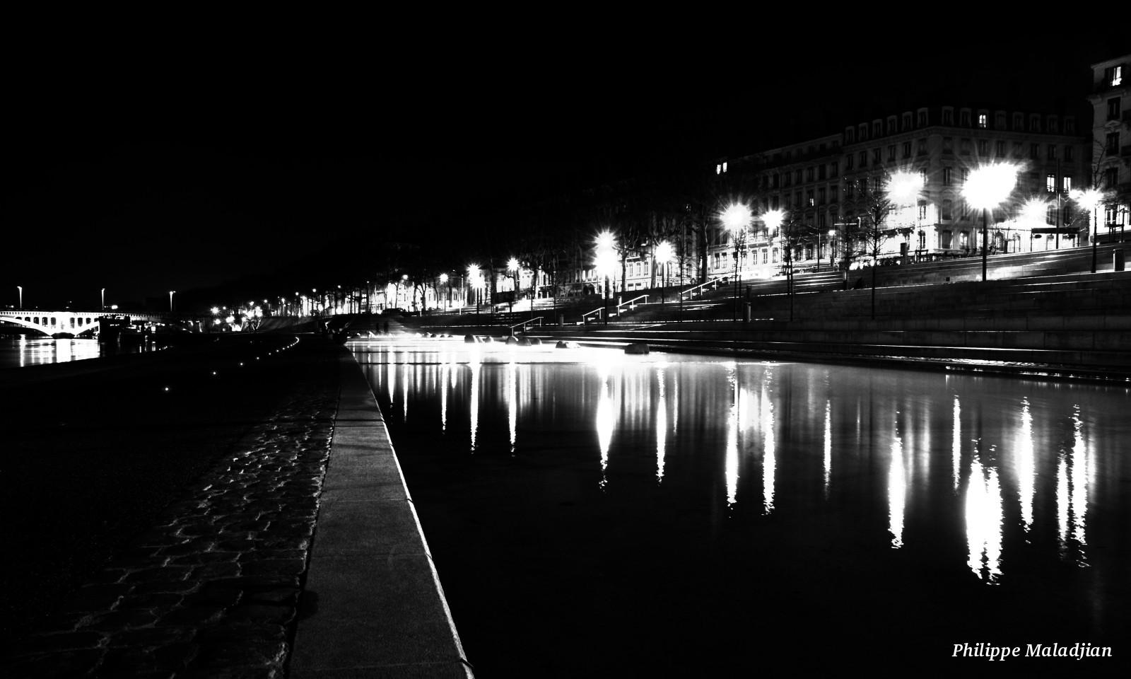 Backupeur, les releases - BlogoFlip - Philippe Maladjian - Péripéties bucoliques d'un administrateur systèmes au royaume de la virtualisation, du stockage et accessoirement photographe à ses heures perdues